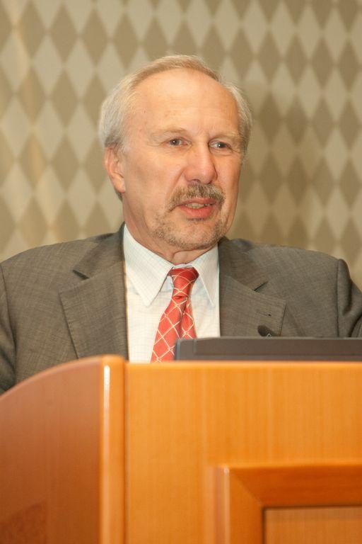 Ewald Nowotny