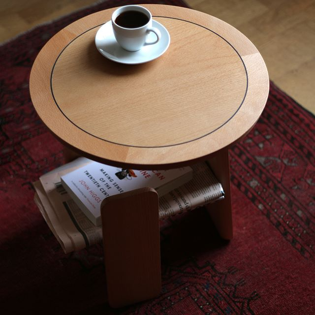 The completed table in steamed Beech with Ebony stringline.  #bespokefurniture #craft # table #beech