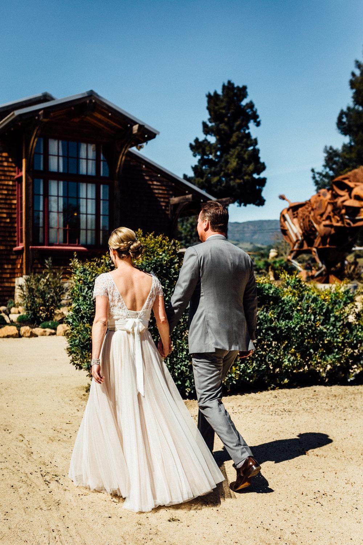 wine-country-bride-and-groom.jpg
