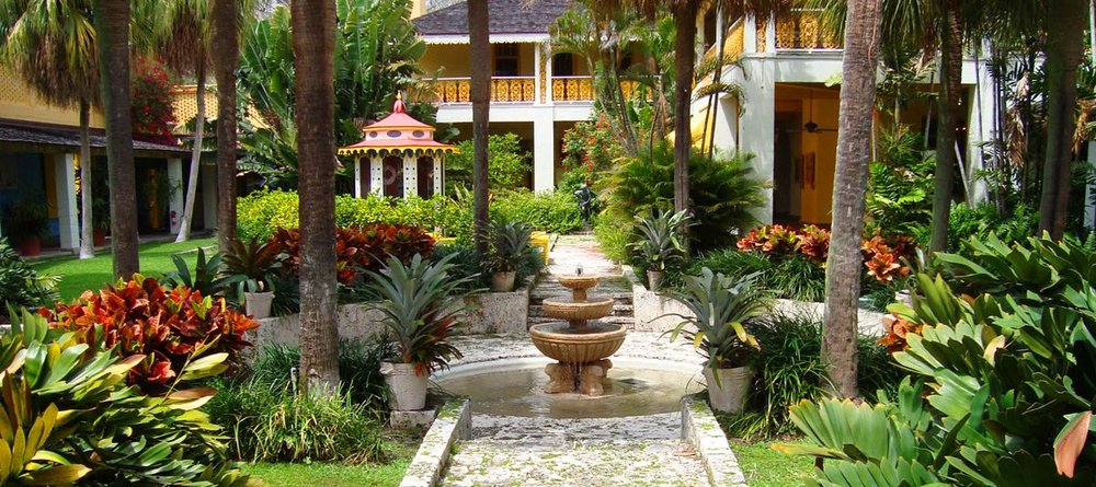 Bonnet House Offers An Outdoor, Garden Setting For Rentals. Guests Have  Exclusive Use Of The Tree Lined Alee/dry Fountain, Veranda Lawn, Hibiscus  Garden And ...