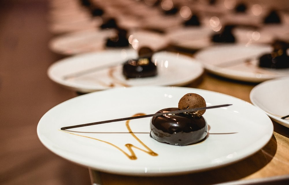 CHOCOLATE CARAMEL DOME
