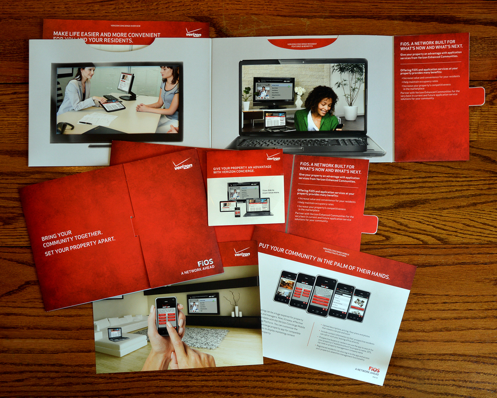 This is a sales kit for Verizon FiOS MDU (Multiple Dwelling Units). The client wanted a piece that could be used as a sales tool and/or a leave behind that had the flexibility to be added to as additional materials are developed.