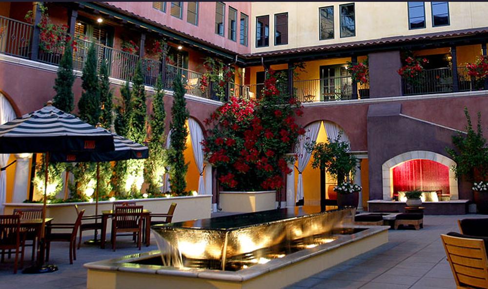 santana courtyard 4.jpg