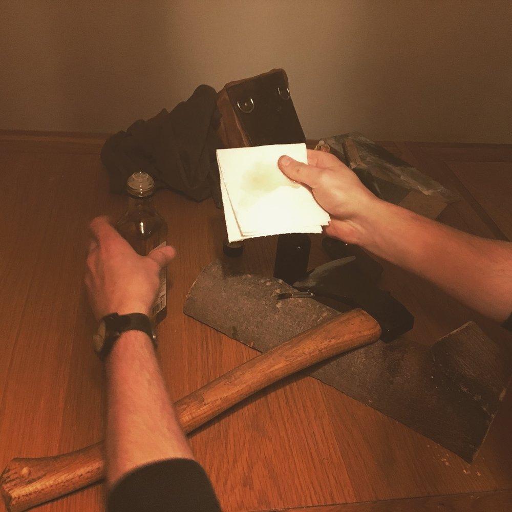 oiling bushcraft axe