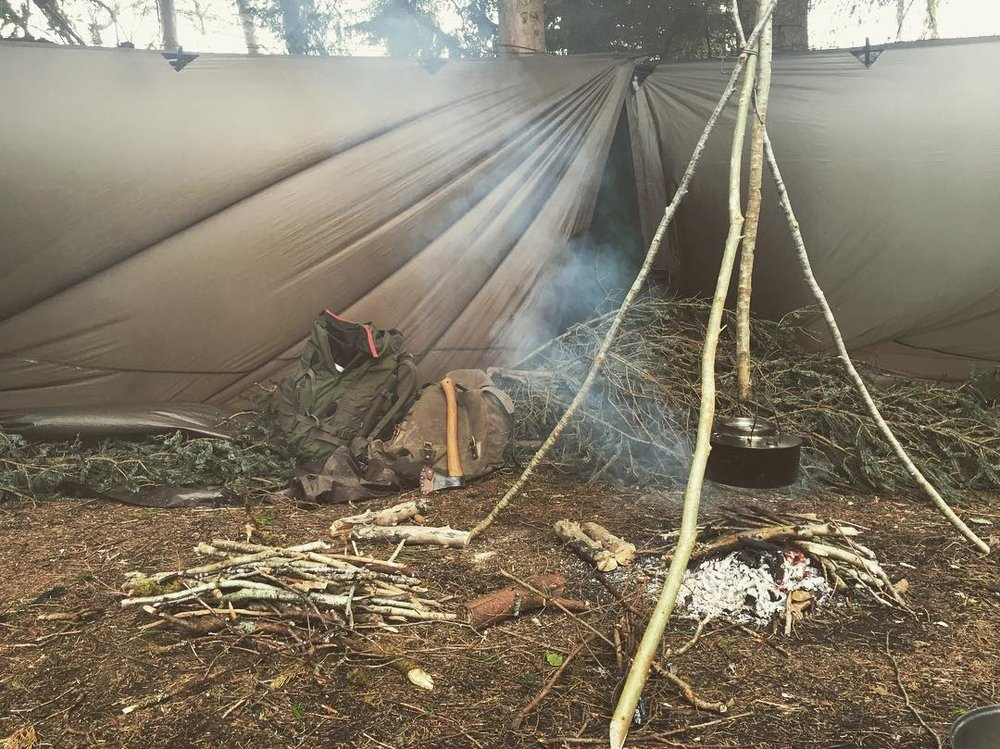 bushcraft canoe camp