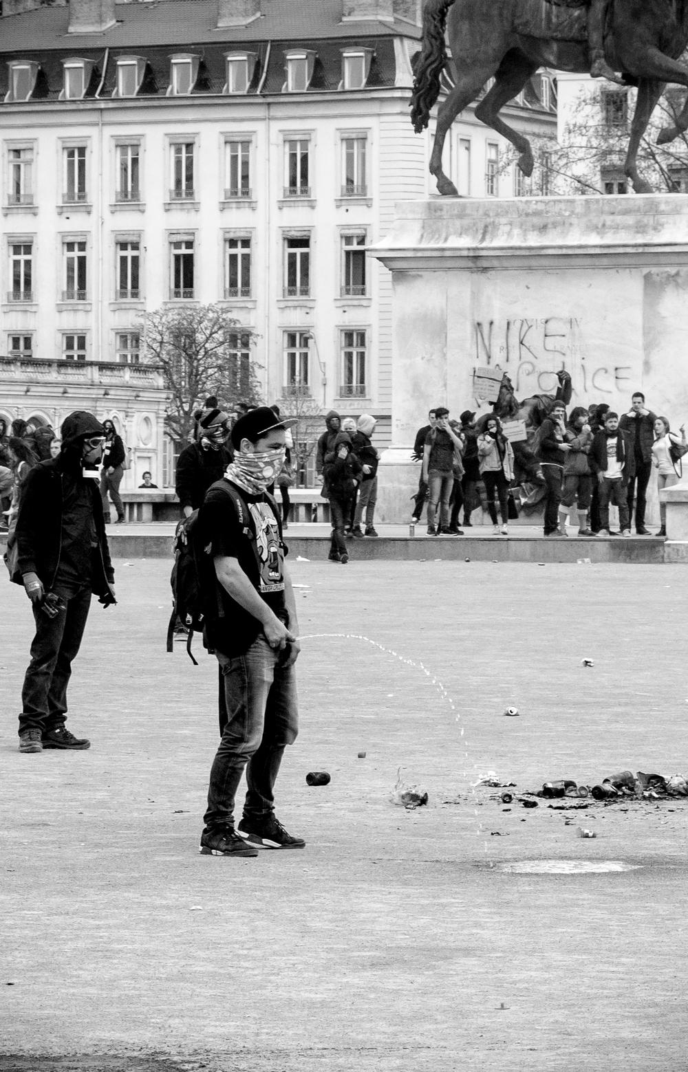 manifestation-loi-travail-31-mars-2016_25558181103_o.jpg