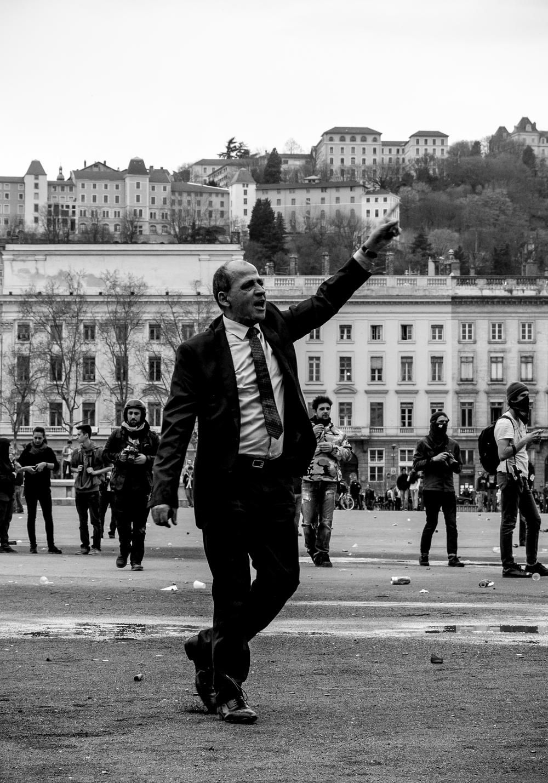manifestation-loi-travail-31-mars-2016_25558179983_o.jpg