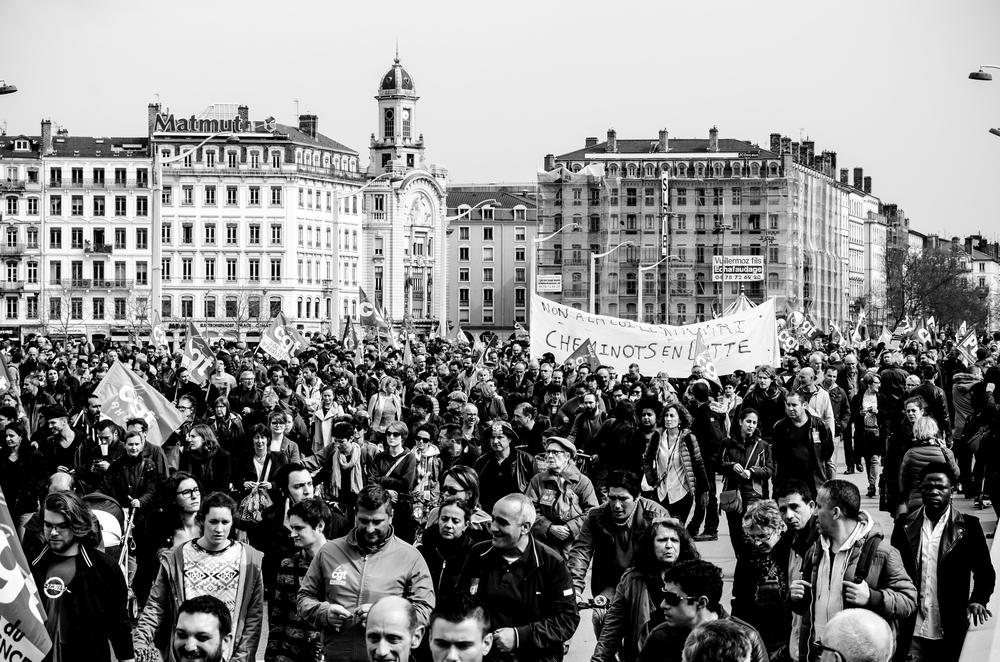 manifestation-loi-travail-31-mars-2016_25558185393_o.jpg