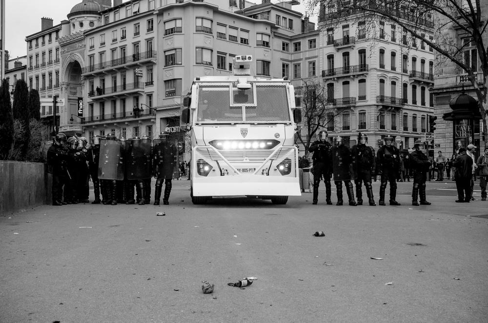 manifestation-loi-travail-31-mars-2016_26068358792_o.jpg