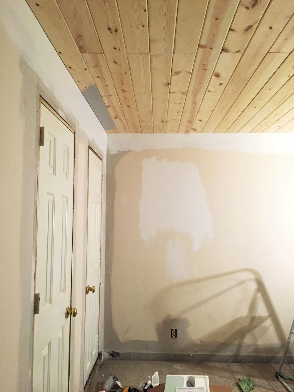 amanda totoro design : wood plank ceiling