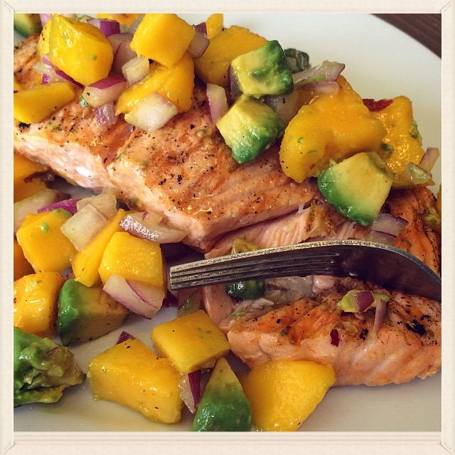 Sriracha Lime Salmon with Mango & Avocado