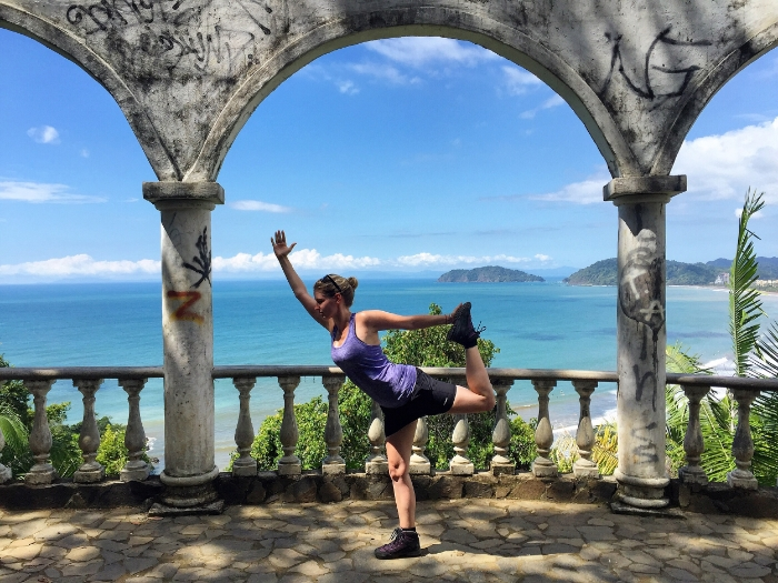 Dancer's pose in Jaco, Costa Rica.JPG