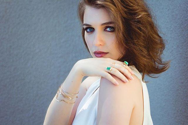 Lydia ✨ . . . Model @lydiratova  Jewelry @isobelldesigns  hmua @whittanyrmakeup