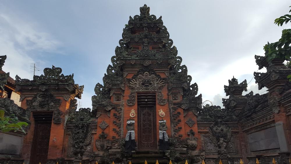 balinese temple wall.jpg