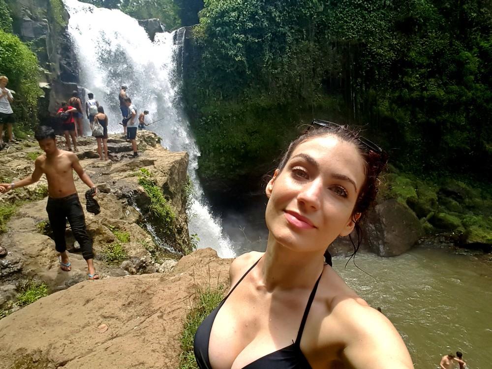 no makeup waterfall 2.jpg