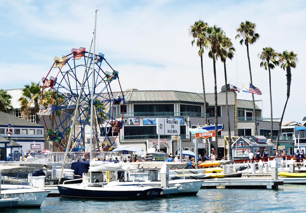 For almost 80 years, the Balboa Fun Zone has been entertaining locals and tourists alike. Although the original carousel was removed in 2011 amidst protest by area residents, the beloved Ferris wheel remains.