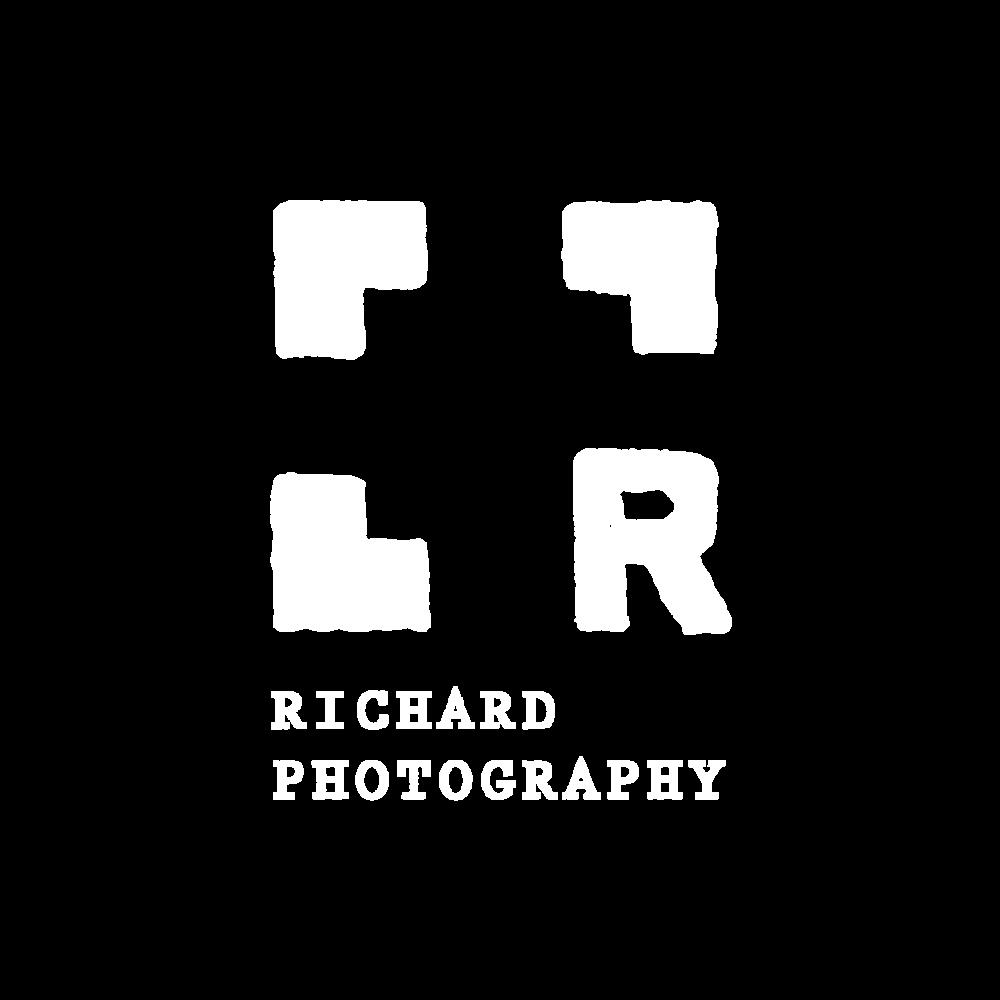 r-photography_black-bg 2.png