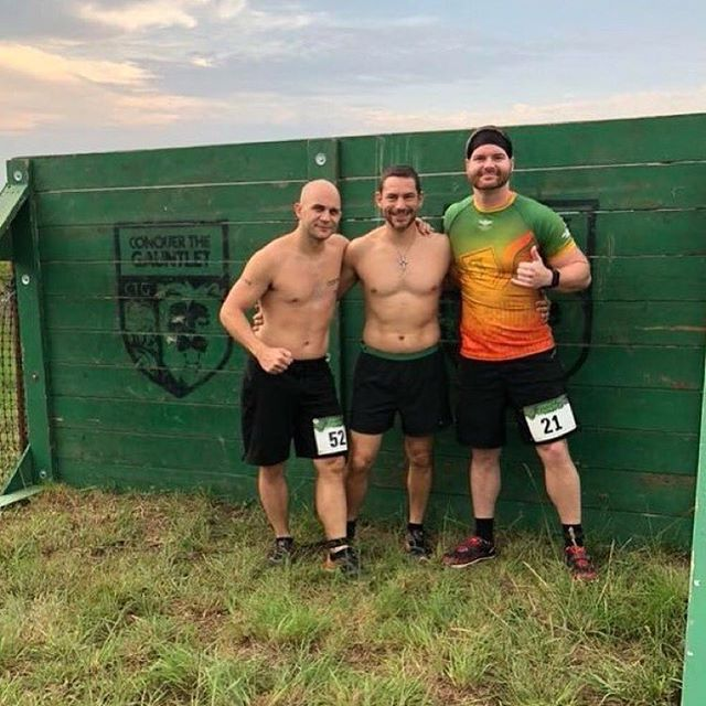 Awesome crew this weekend at @conquerthegauntlet 💪⚔️ Repost from @danielbritt7 One race down, one to go. Knocked out the individual race today, and looking forward to the team race tomorrow 💪🏻 #conquerthegauntlet #CTGTulsa #legendbornesquad #legendborne #caterpylaces #teamcaterpy #altraredteam #altrakingmt #zerolimits #embracethespace #swiftwicksocks #chaseadventure #battle611 #btrmudders #hyletenation #onedayillkeepmybelt #ihatepegatron #thatrigwasridiculous #jasondupreeismyhero