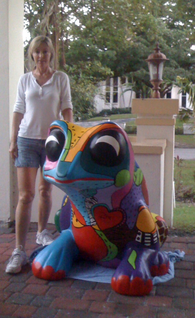 marcie ziv and big frog.jpg
