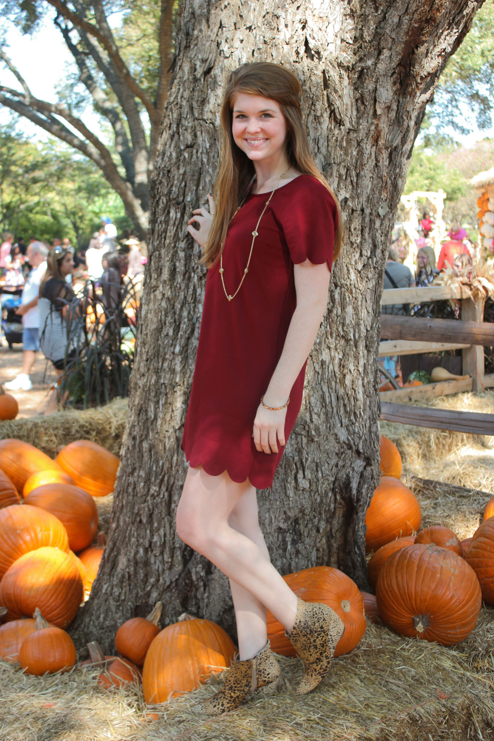 scallop dress, mattisse nugent booties, kendra scott necklace