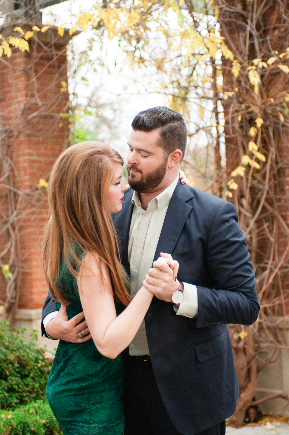 christmas pictures, christmas engagements, gentle fawn dress, engagement pictures, dallas