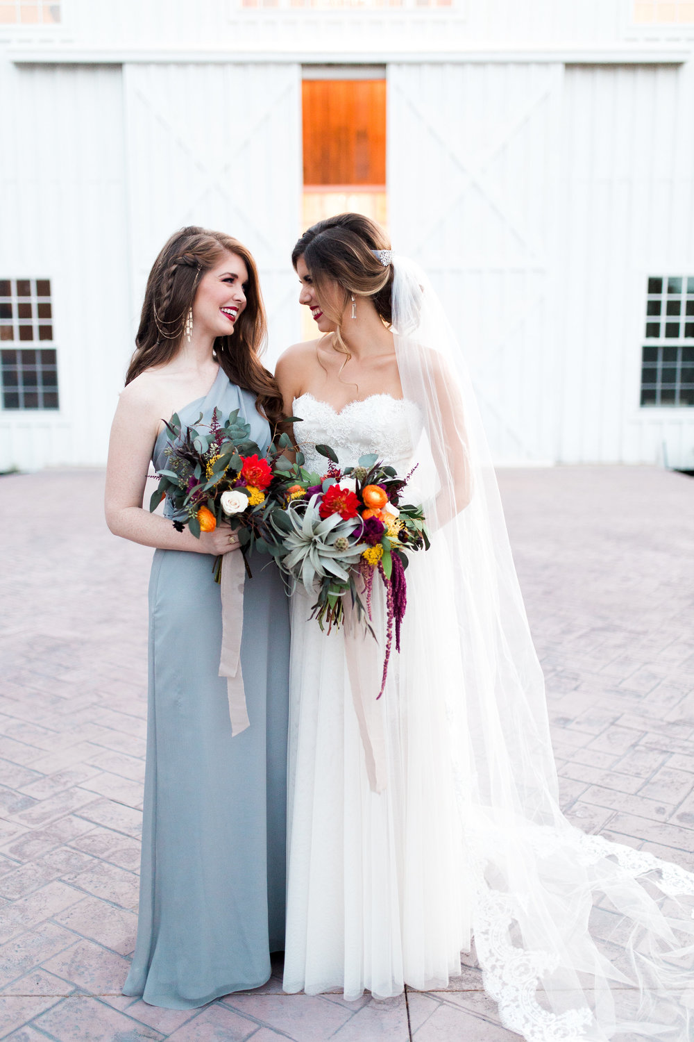 grand slam glam, the white sparrow barn, bridesmaid style, dallas wedding