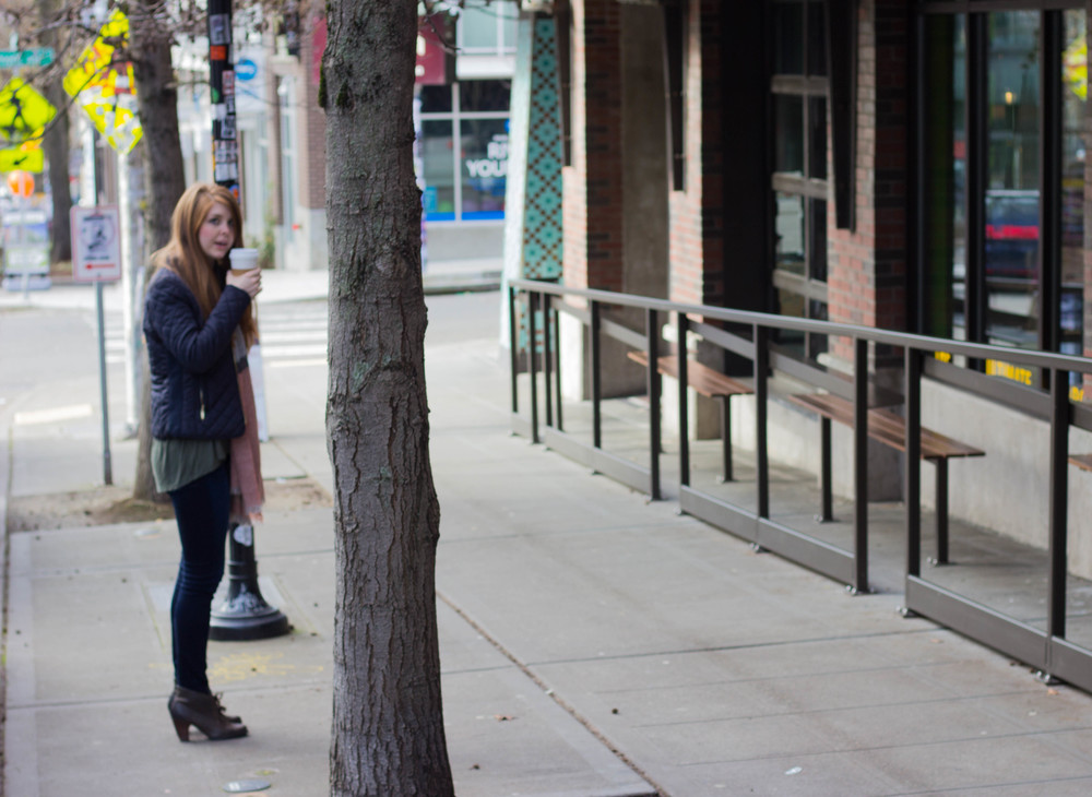 piko top, fidelity beleveder jeans, indigo by clars booties, quilted jacket, stumptown roasters, seattle travel guide