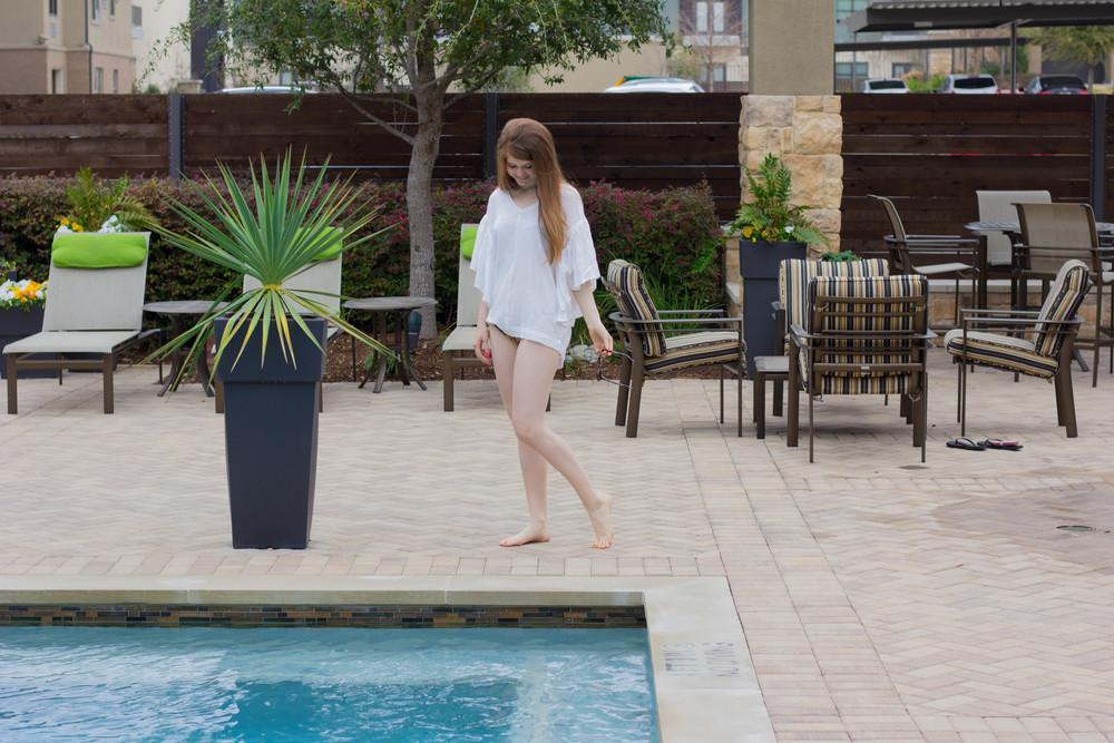 triangl bikini, jodifi swimsuit cover up, spring break cover up guide,