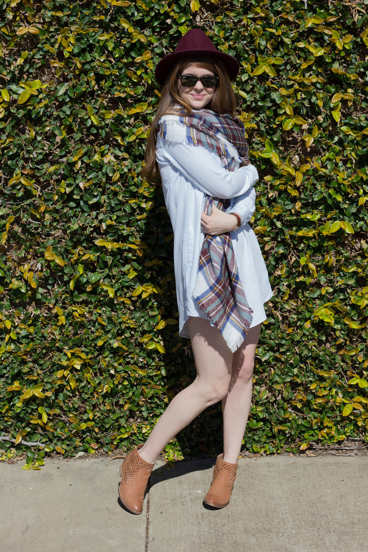 shop riffraff honeypunch chambray shirt dress, seychelles waypoint booties, plaid blanket scarf, burgundy felt fedora, 3 wardrobe essentials to survive the winter/spring transition, weather
