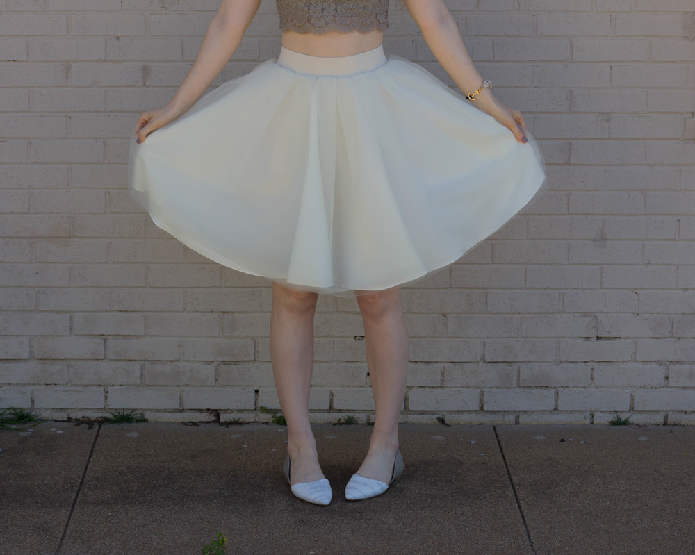 bliss tulle cream skirt, show me your mumu elizabeth crop, BC Footwear Society Flat, Kiel James Patrick Pearl Bracelet