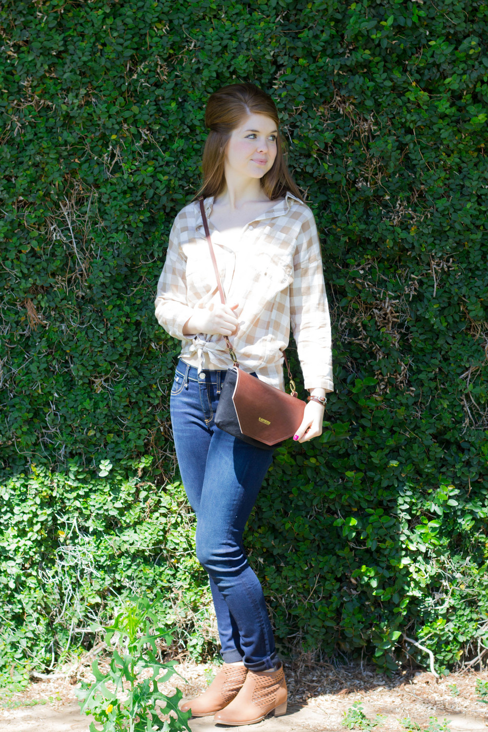 r. riveter, shark tank, purse, handbag, rag & bone jeans, ellison gingham top, leather wrap bracelet, seychelles cut out booties