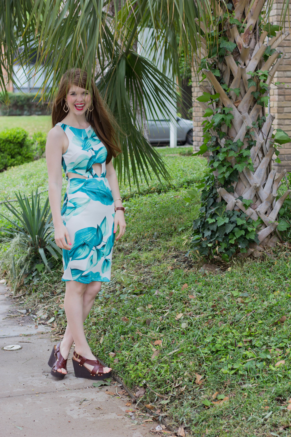 shop riffraff latiste by amy exotic midi palm tree dress, steve madden wedges, kendra scott sophee earrings, kate spade bangle, daniel wellington watch,