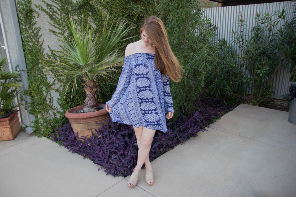 blue paisley off the shoulder paisley dress, band of gypsies, nodrstrom, seychelles nude wedges, kendra scott lauren earrings, opi be there in a prosecco nail polish