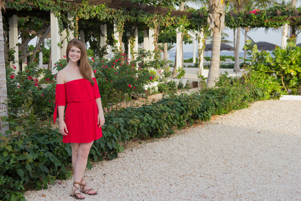 red off the shoulder dress, nordstrom, dee elle off the shoulder dress, lace up brown leather sandals, kendra scott sophee earrings, cayman brac, grand cayman islands, le soleil d'or, golden sun cayman