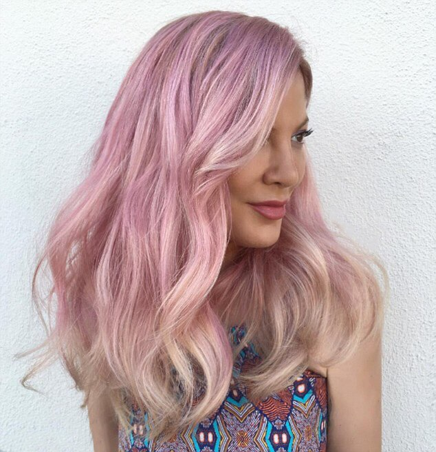 joico k-pak color therapy luster lock, how to keep your hair strong in the summer, tori spelling