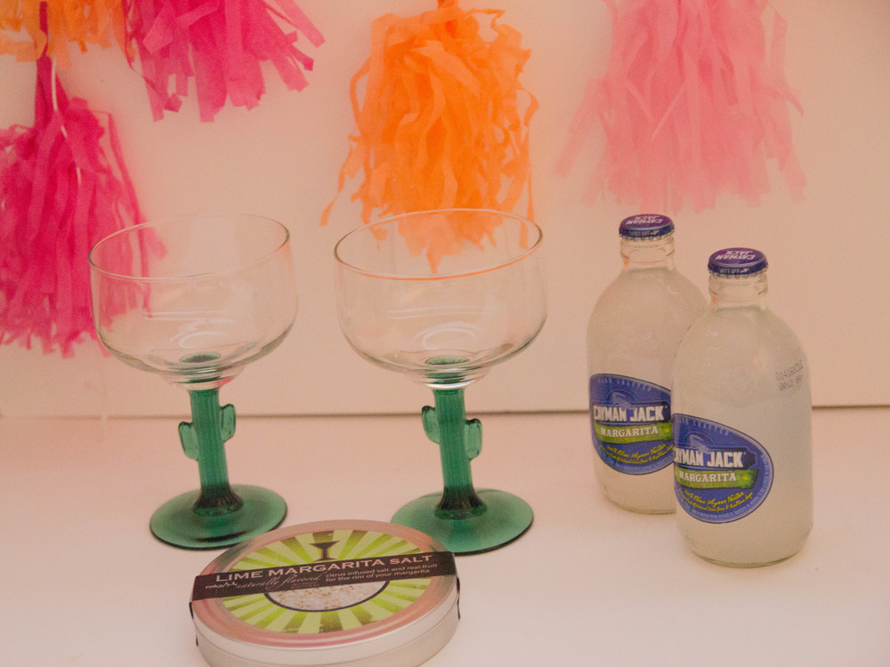 how to pick hostess shower gift, what to get your hostesses, hostess gifts, cactus margarita glass, cayman jack margarita, tassels, lime margarita salt