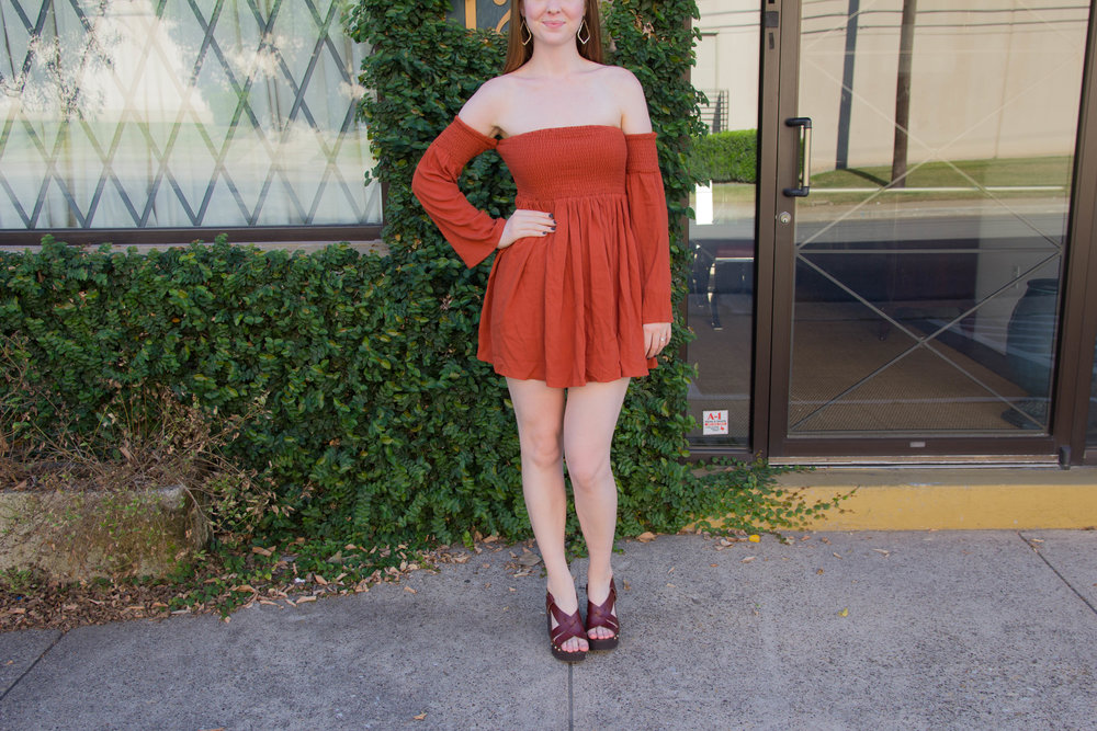 how to make the most of your PTO, how to travel more, tobi, shop tobi, off the shoulder long sleeve dress, burnt orange, texas orange, vacation, holiday