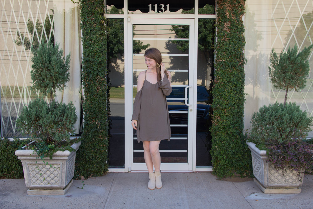 olive cold shoulder dress, matisse booties, kendra scott sophee earrings, olive edit, olive trend guide, olive sweater, olive pants, olive bag, olive utility jacket