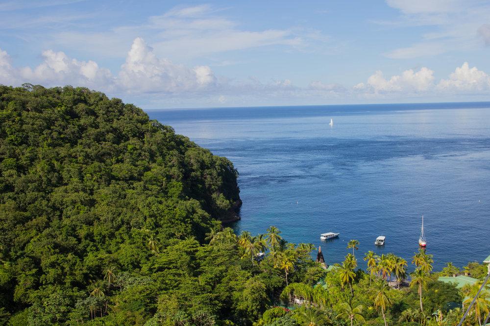 where to stay in saint lucia, jade mountain resort,  top honeymoon spots, caribbean honeymoon spots, romantic honeymoon spots