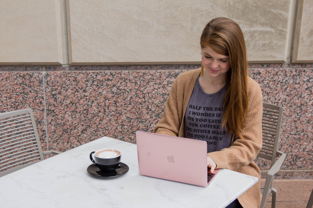 "macbook tips, how i went from pc to mac, macbook 12"", pink laptop, american eagle aerie don't ask why tank, j crew coat cardigan, long sweater, madewell distressed black jeans, baublebar tassel earrings, mac user, ascension coffee, dallas"