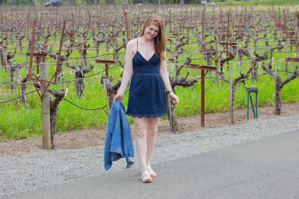 abercrombie dress, dolce vita pacer sandal, duckhorn, tips for wine  tasting in napa valley, sonoma, napa, visit california, wine tasting tips, san francisco, oakland,