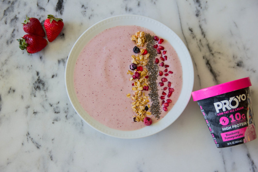 blueberry pomegranate smoothie bowl, #AD, proyo high protein low fat ice cream that actually tastes good, smoothie bowls,  acai bowls, recipes, eating ice cream for breakfast
