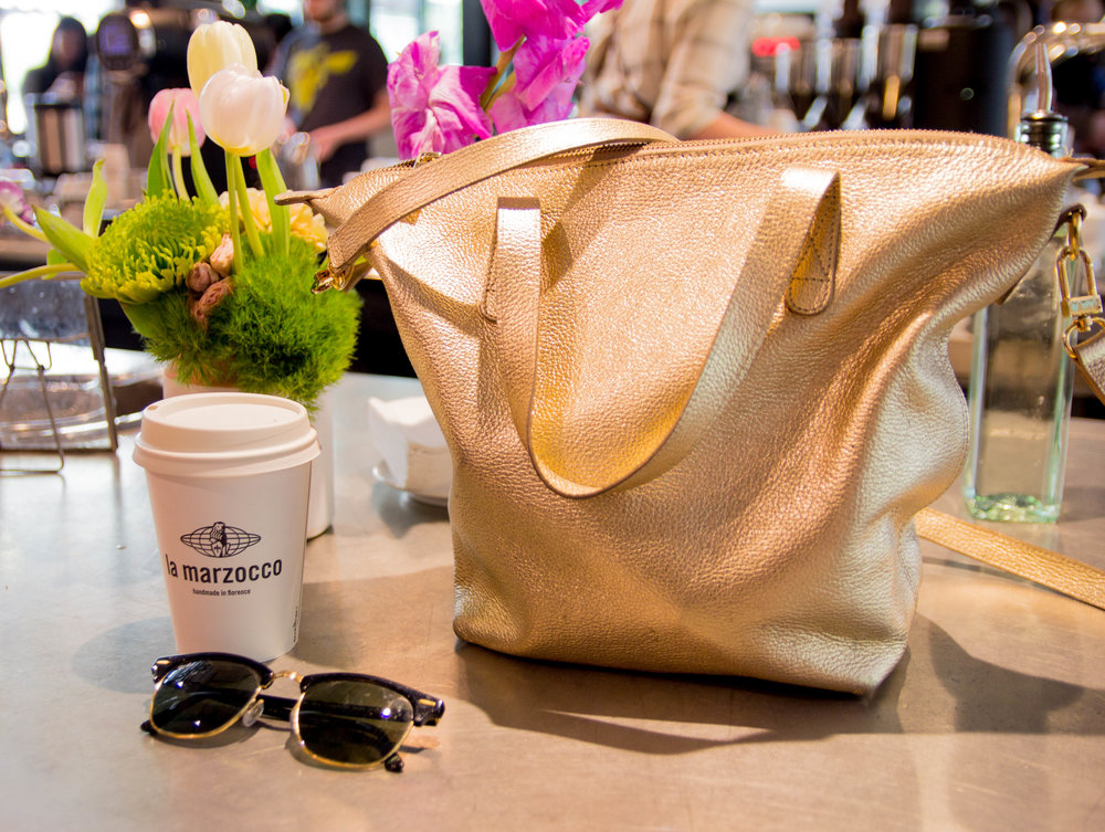 travel guide, a weekend in seattle, things to do in seattle, what to do in seattle, washington, where to get coffee in seattle, la marzocco coffee, cuyana small carryall, ray-ban clubmaster sunglasses