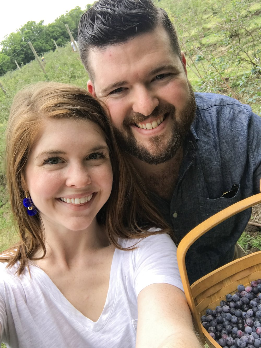 where to pick blueberries near dallas, blase family farm, u-pick farms near dfw, madewell whisper tee, one teaspoon shorts, nike air max thea tennis shoes