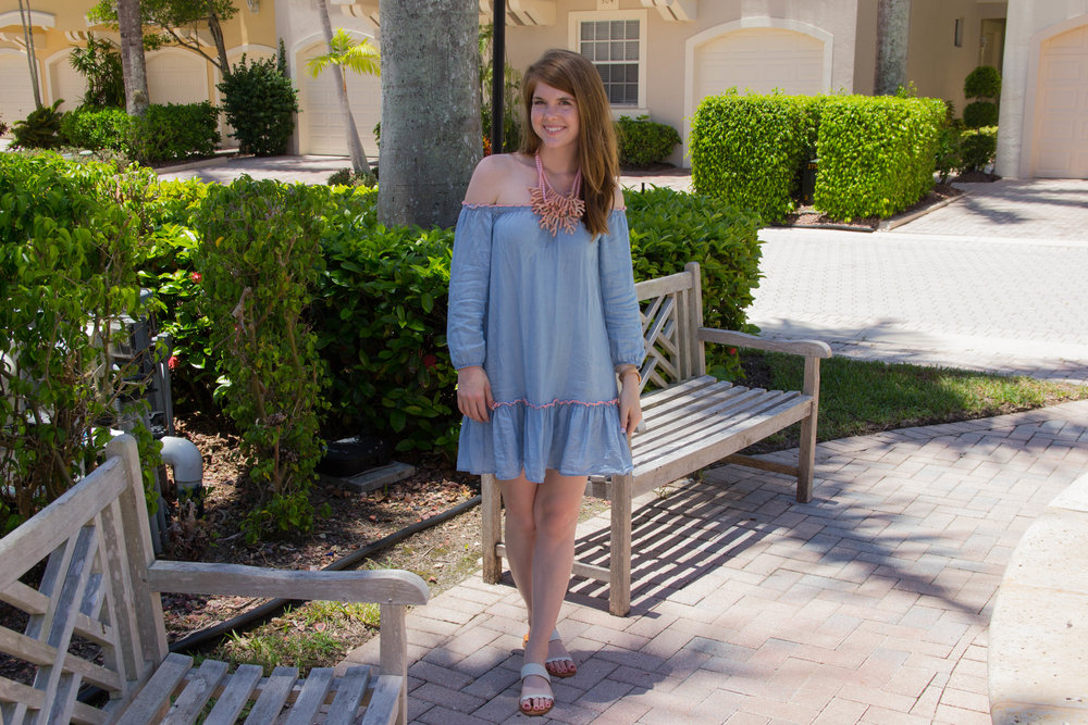 aerie chambray dress, baublebar necklace, dolce vita pacer slides, kendra scott earrings, palm beach, pga national, coral shaped jewelry