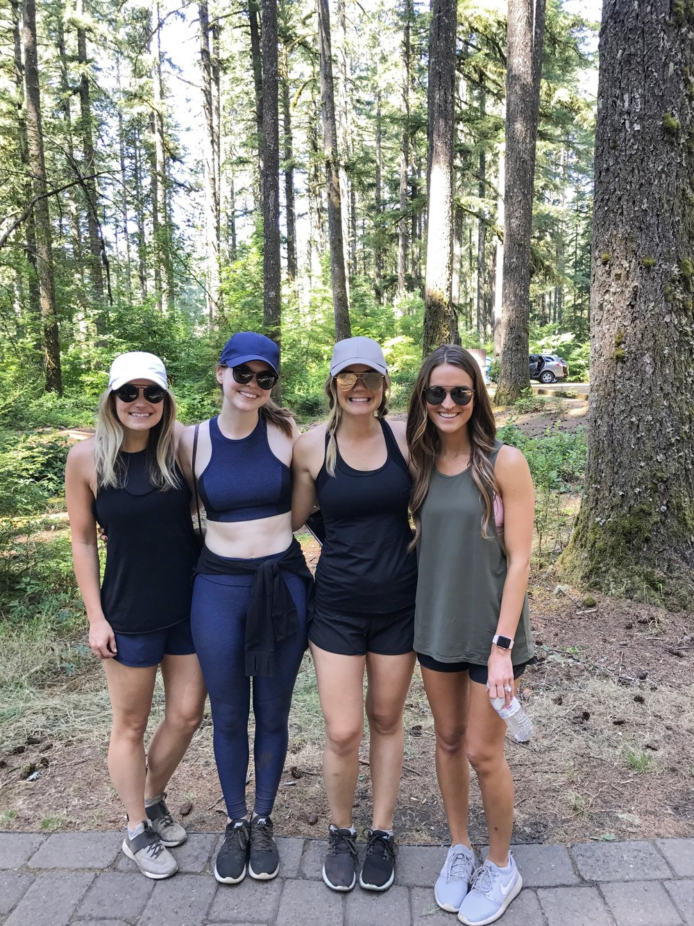 where to hike in oregon, silver falls, oregon waterfalls, prettiest hikes, outdoor voices athena crop, 7/8 warm-up pant, lulu lemon define jacket, ray-ban erik sunglasses, nike lunarepic low glide flyknit 2, the kalon life, lauren kay sims