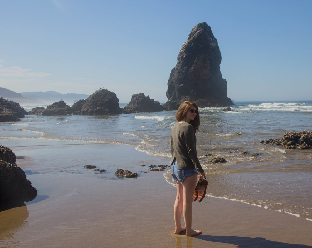 travel guide what to do in the willamette valley, salem, oregon, cannon beach,  madewell province cross brack sweater
