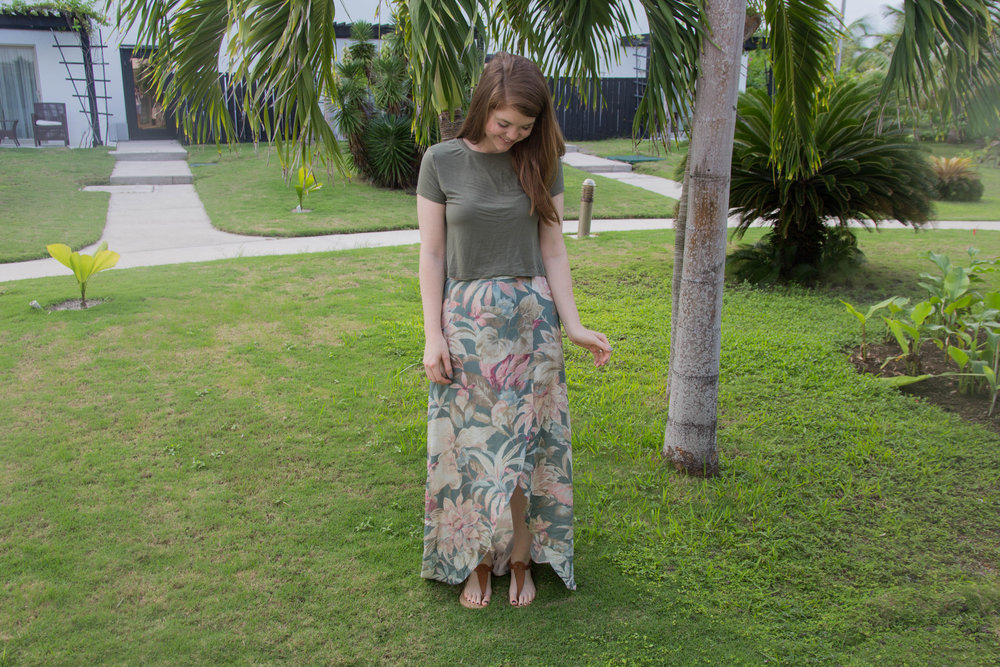 the art of versatility, floral maxi skirt 3 ways, show me your mumu siren wrap skirt, belize, las terrazas, ambergris caye, san pedro, style ideas, resort wear