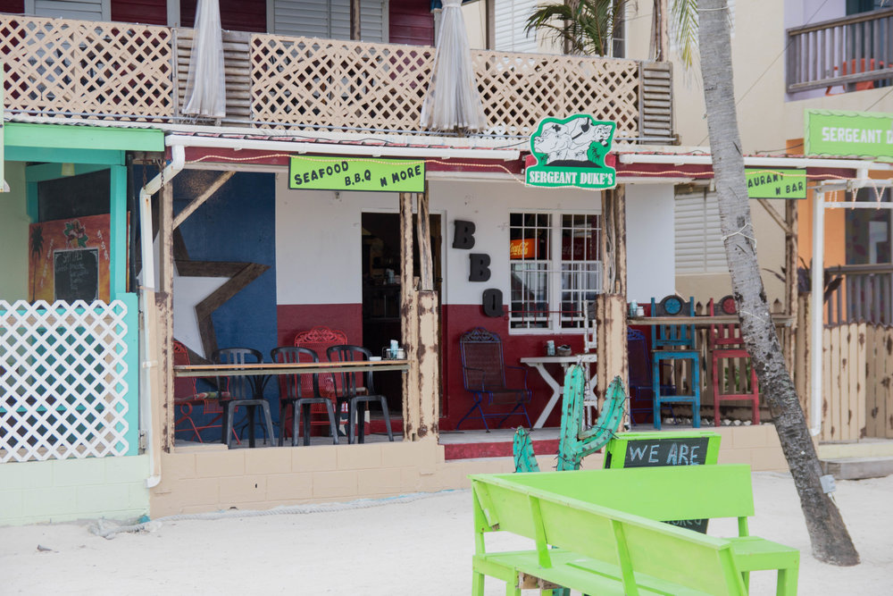 tips for traveling in belize, belize travel guide, ambergris caye, san pedro, what to eat in belize, where to eat in belize, lace midi dress, baublebar mely drop earrings, dolce vita pacer slides