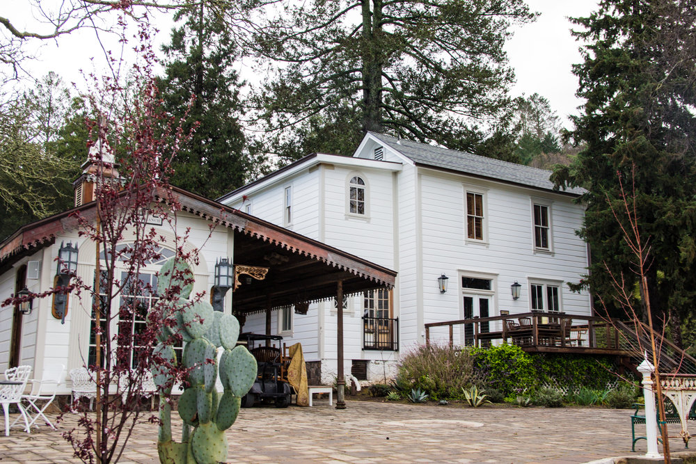 where to stay in napa valley featuring triple s ranch napa. sss napa, calistoga, california, unique places to stay in napa, napa travel guide, places to get married in napa, places to get married in sonoma